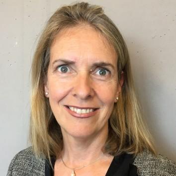 Dr. Fiona Bull