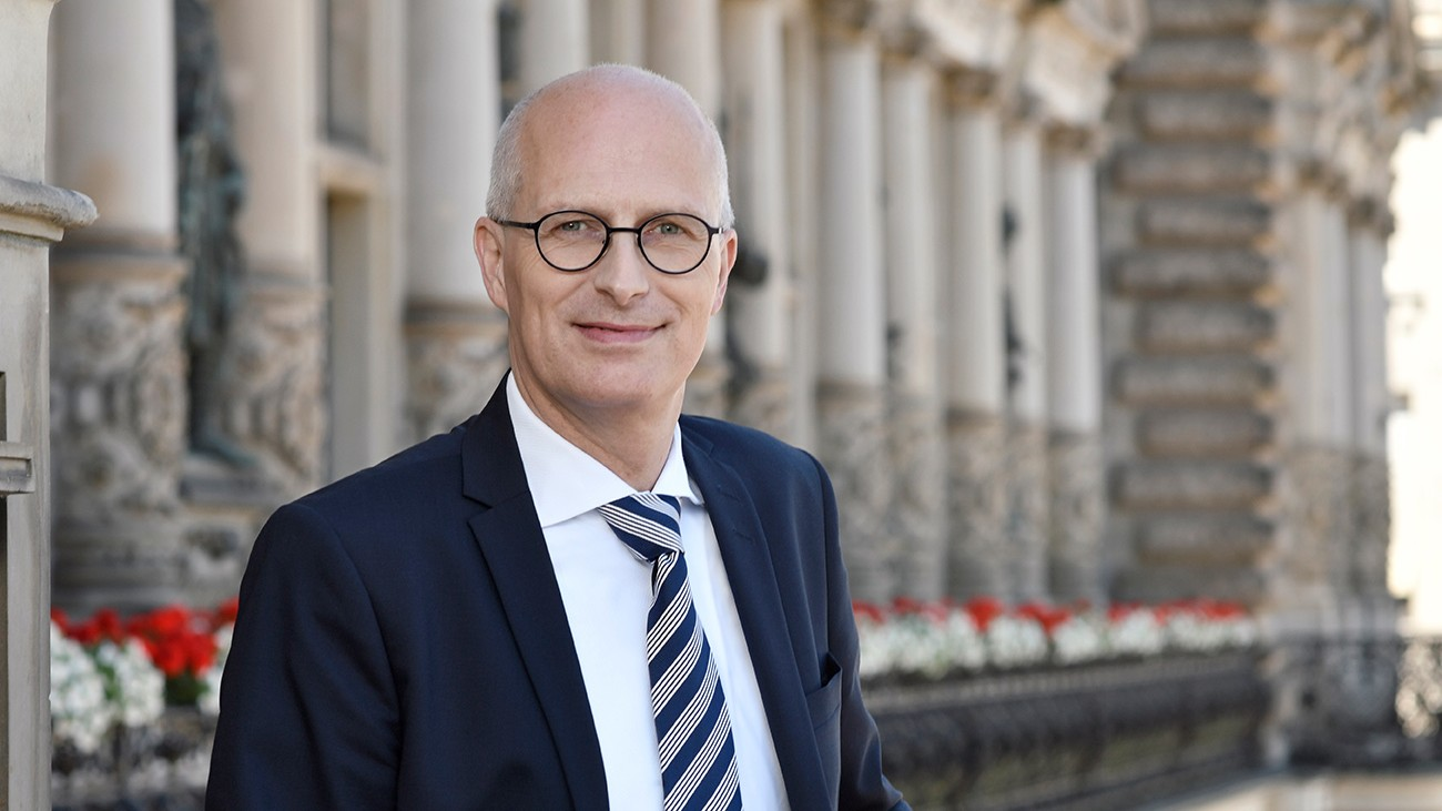 Dr. Peter Tschentscher - erster Bürgermeister der Freien und Hansestadt Hamburg